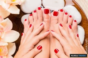 Matching Manicure to Your Pedicure